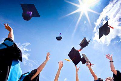 Wir gratulieren unseren Examinierten!